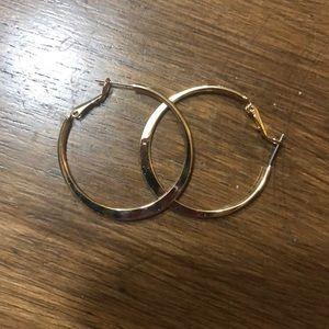 *New* Gold hoop earrings